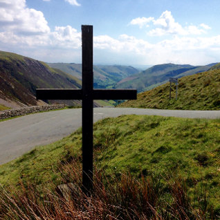 The cross before me...