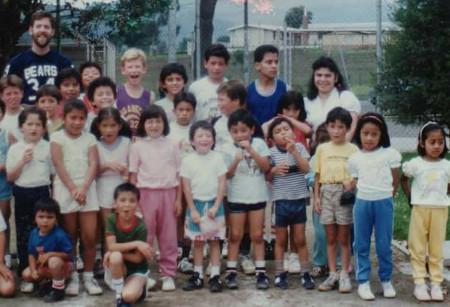 xela-escuela1989.jpg